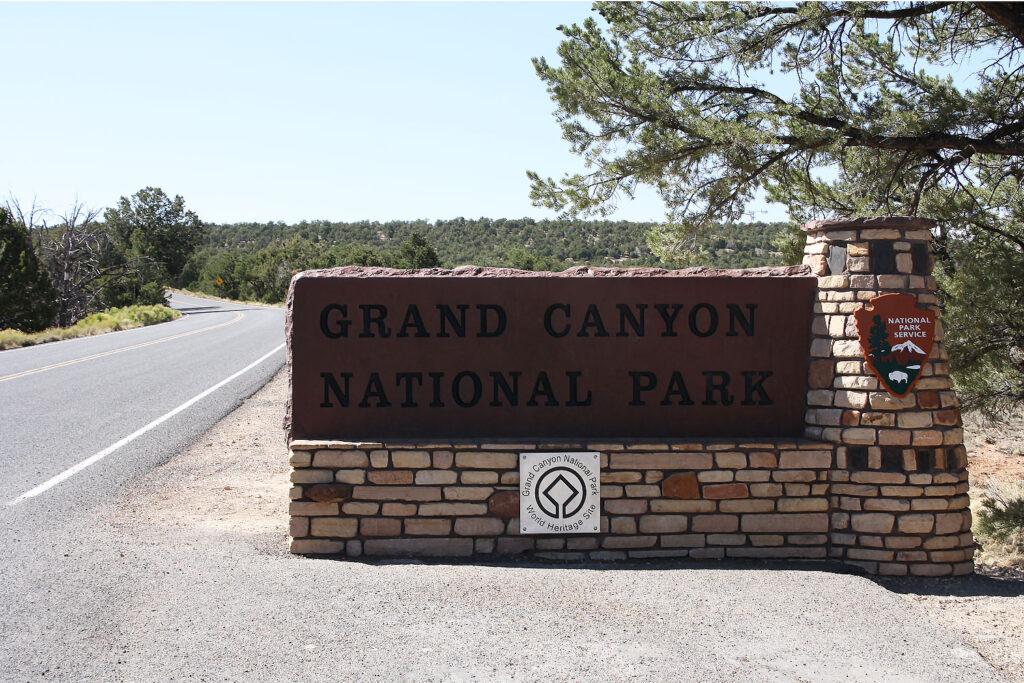 Entré till Grand Canyon National Park, Arizona.