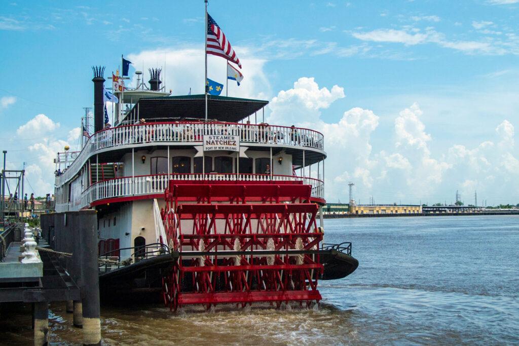 Hjulångaren Natchez på Mississippi-floden.