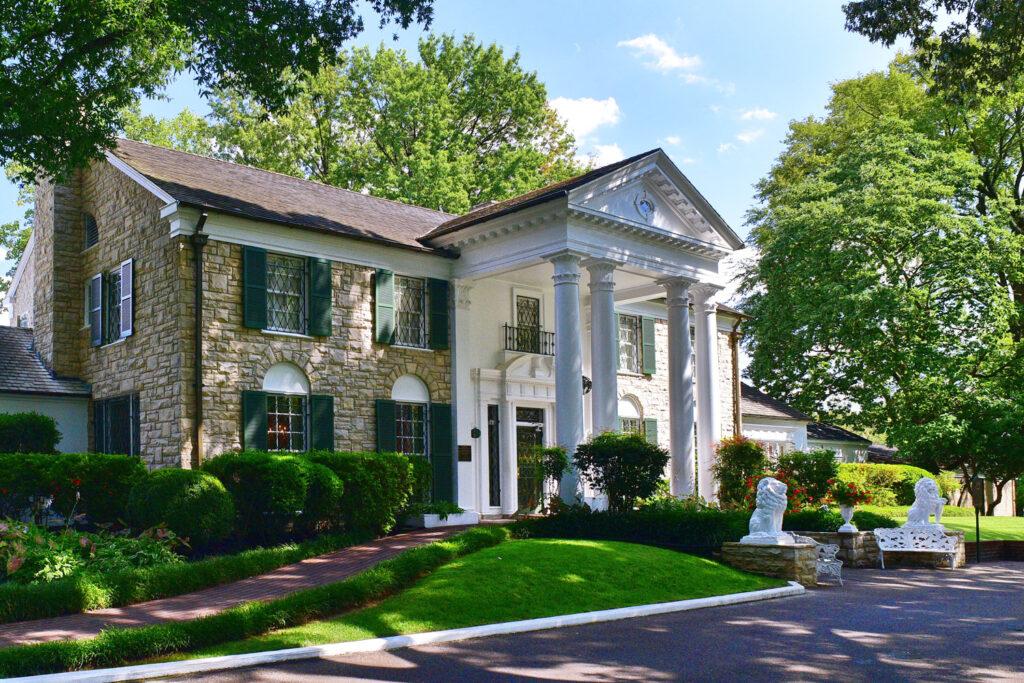 Elvis Presley's hem, Graceland.