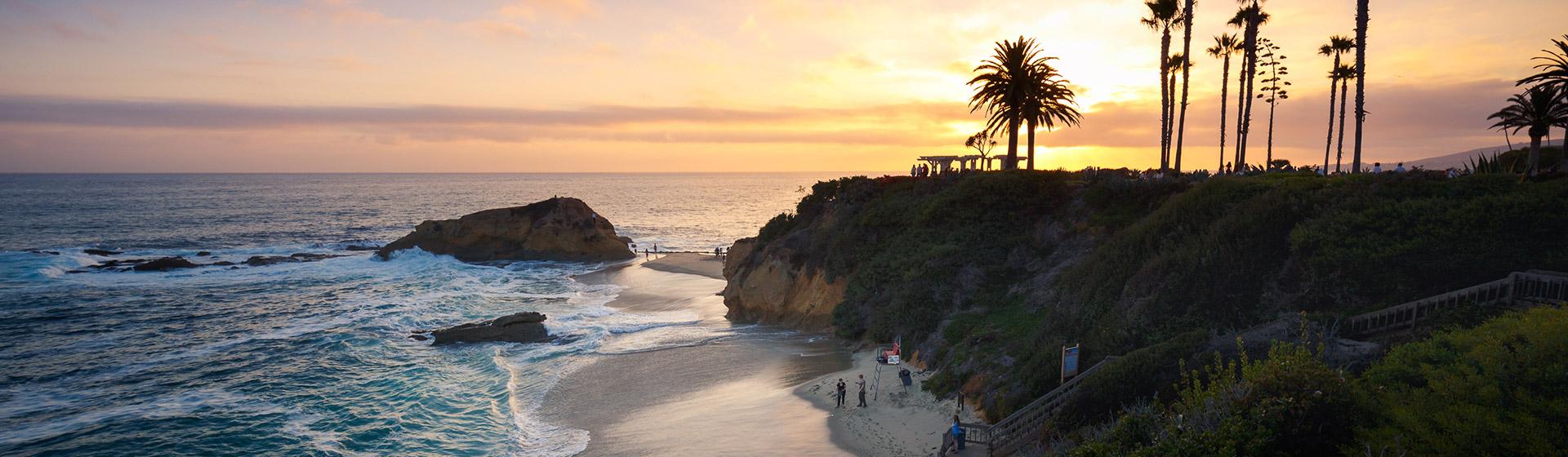 Solnedgång vid Kaliforniens kust.
