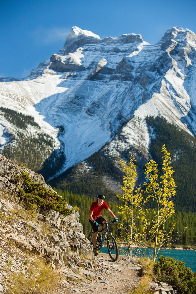 Biking i Banff National Park.
