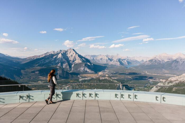 Utkiksplats över Banff National Park.