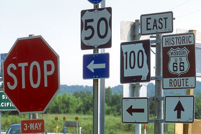 Vägskyltar på Route 66.